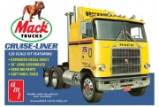 Mack Cruise-Liner Semi Tractor 1/25
